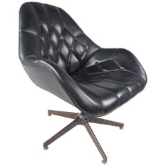 Eames Era Tufted Swivel Executive Chair