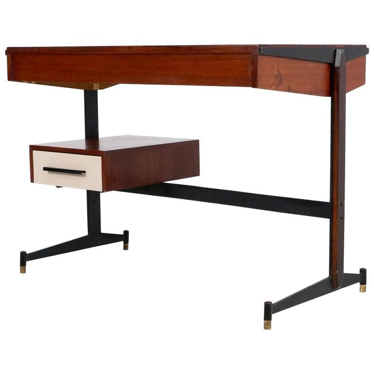 Small Italian Writing Desk, 1950s 1