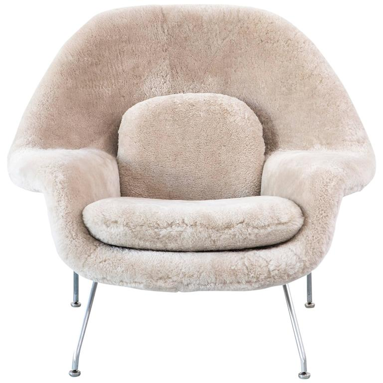 Saarinen Mid Century Modern Womb Chair By Knoll Reupholstered In Shearling  For Sale