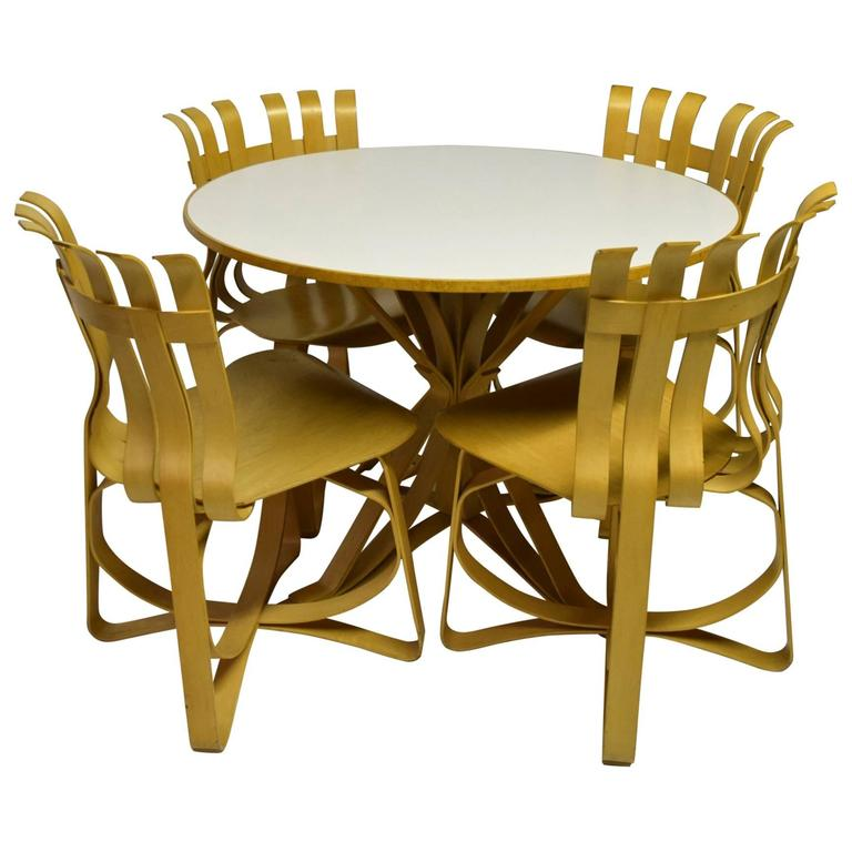 Dining Table and Four Chairs Designed by Frank Gehry for Knoll 1997, USA 1