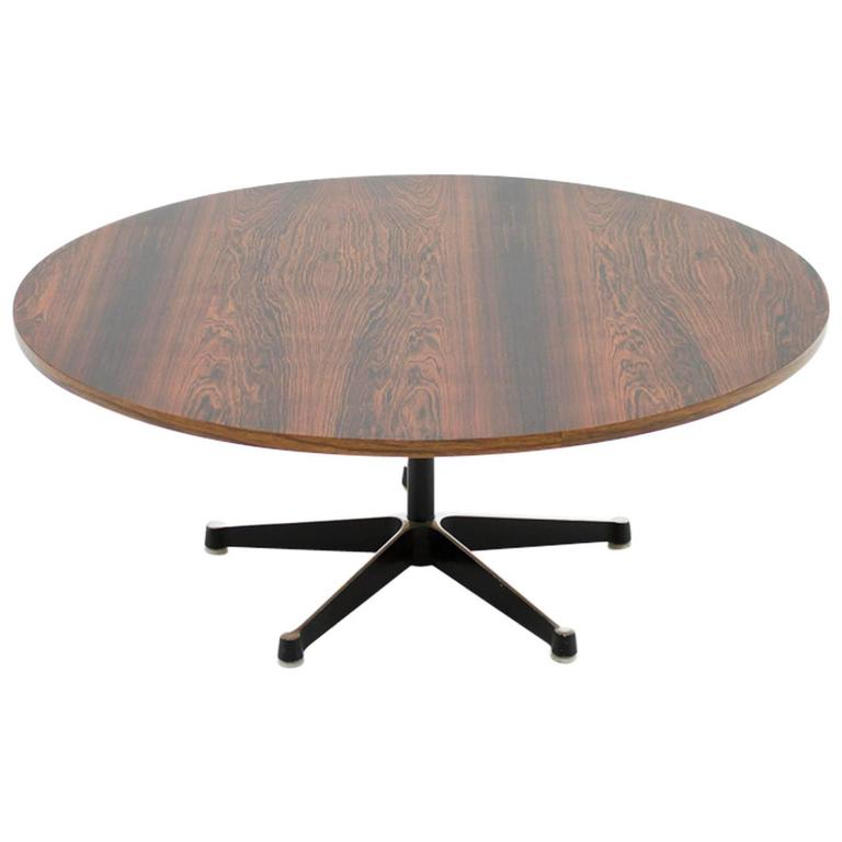 Exceptionnel Coffee Table By Charles And Ray Eames, Herman Miller, 1960s For Sale