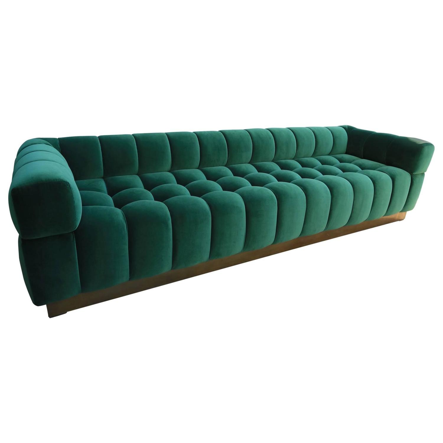 Modern Art Deco Curved Sofa in Hunter Velvet with Brass Base For