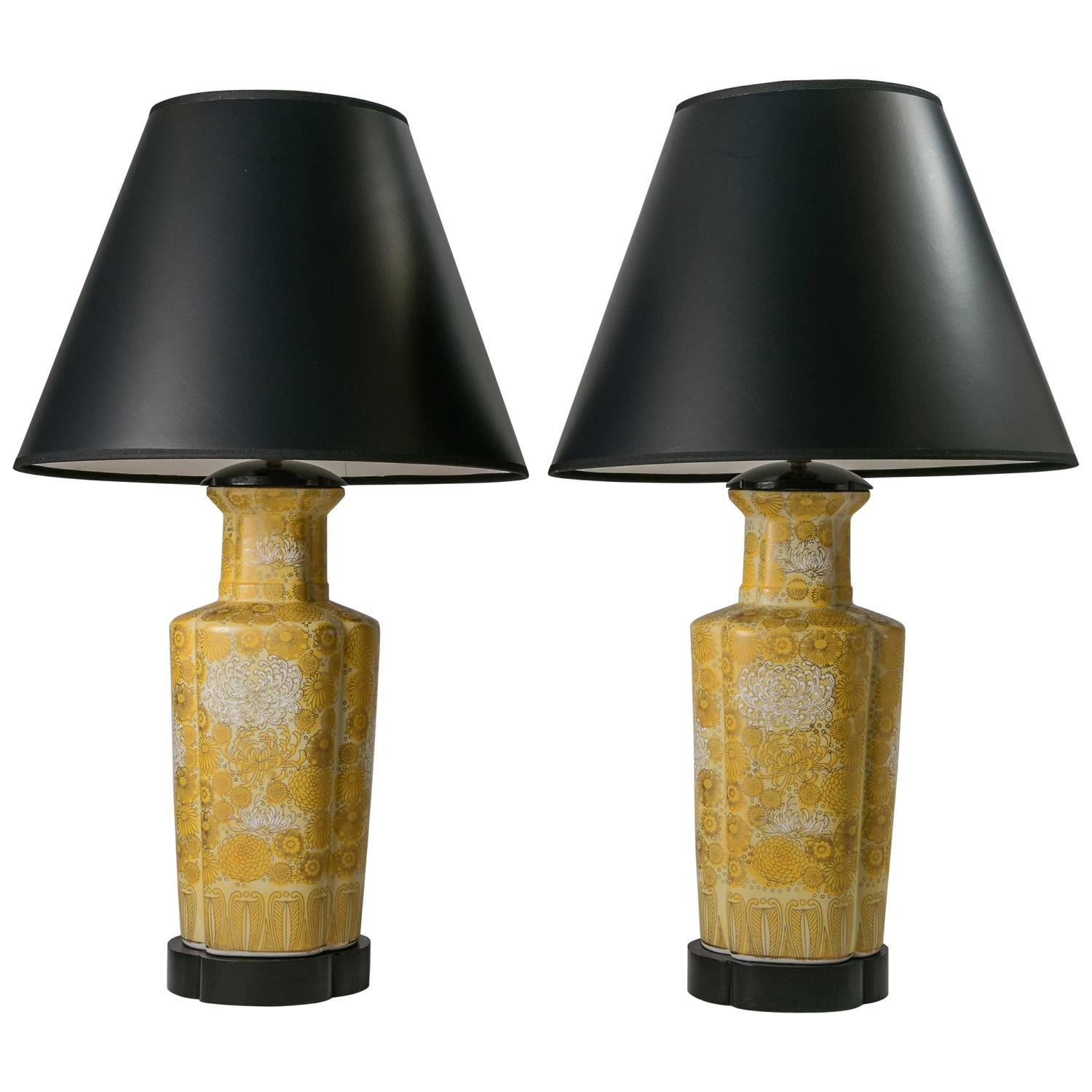 Chinoiserie lighting light fixtures 214 for sale at 1stdibs chinoiserie table lamps 1960s pair arubaitofo Choice Image