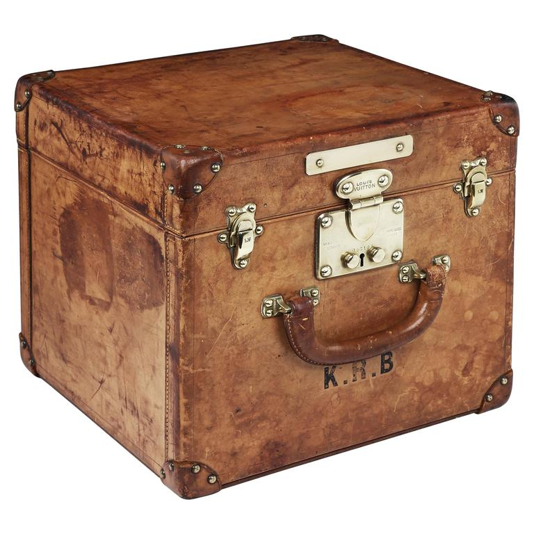 Louis Vuitton 'Top Hat' Trunk Humidor in Natural Leather, 1910