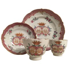 Chinese Porcelain Tableware, 18th Century, circa 1780 Tea and Coffee Service