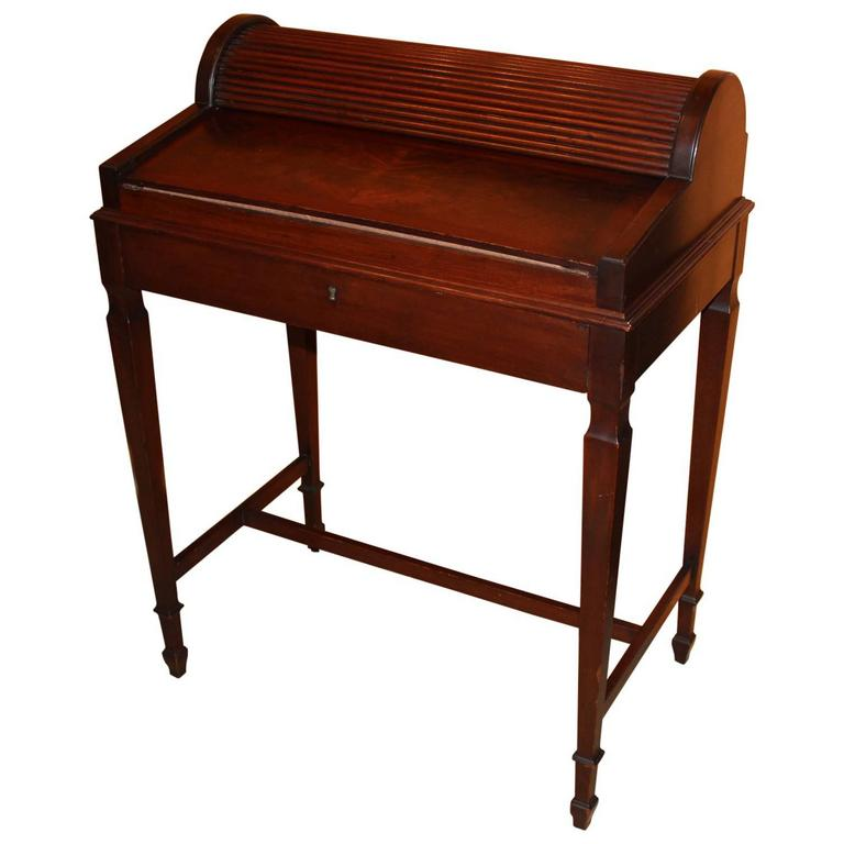 Shaw Furniture Co. Petite Roll Top Writing Desk Cambridge MA, Circa 1920 1
