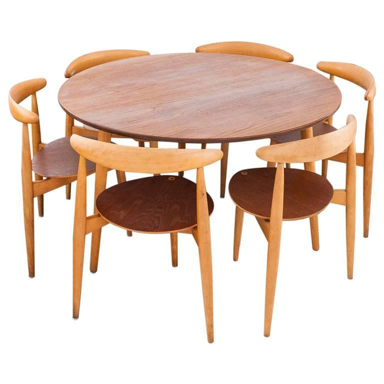 Danish modern set a round table and six chairs by hans for 6 chair round dining table set