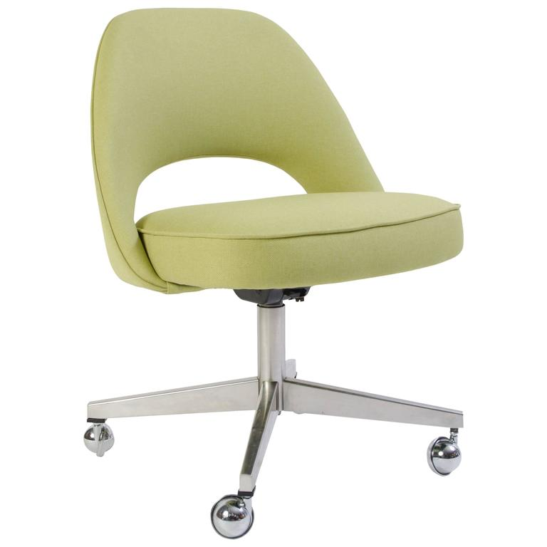 Saarinen Executive Armless Chair In Green Microfiber Swivel Base For
