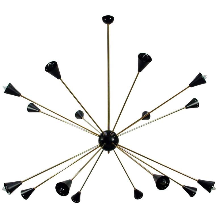 Italian, 1950s Sputnik 16-Light Chandelier in the Manner of Stilnovo
