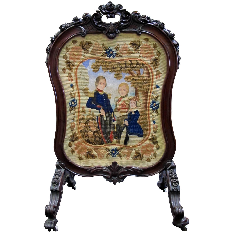Late 1800s European Victorian Mahogany Screen Hand