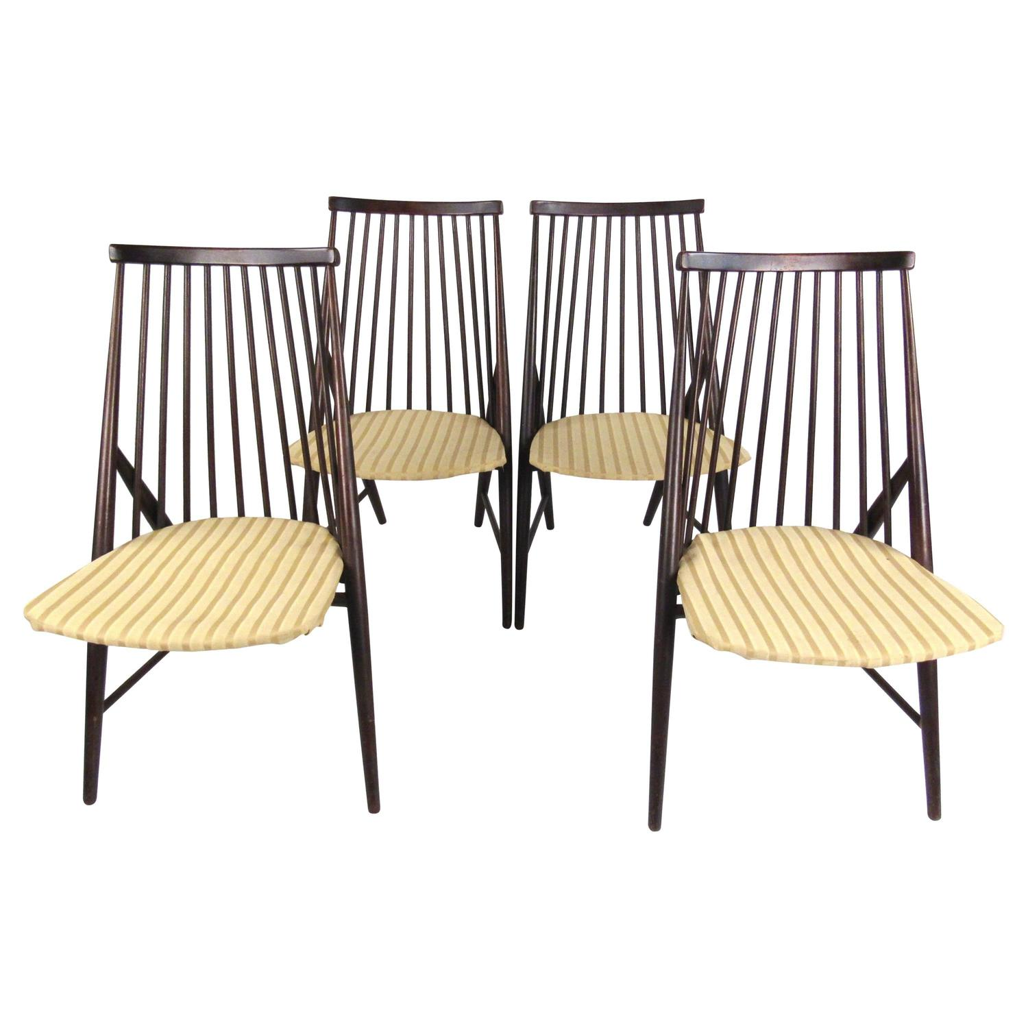 Set of Mid Century Spindle Back Dining Chairs in the Style of Alf
