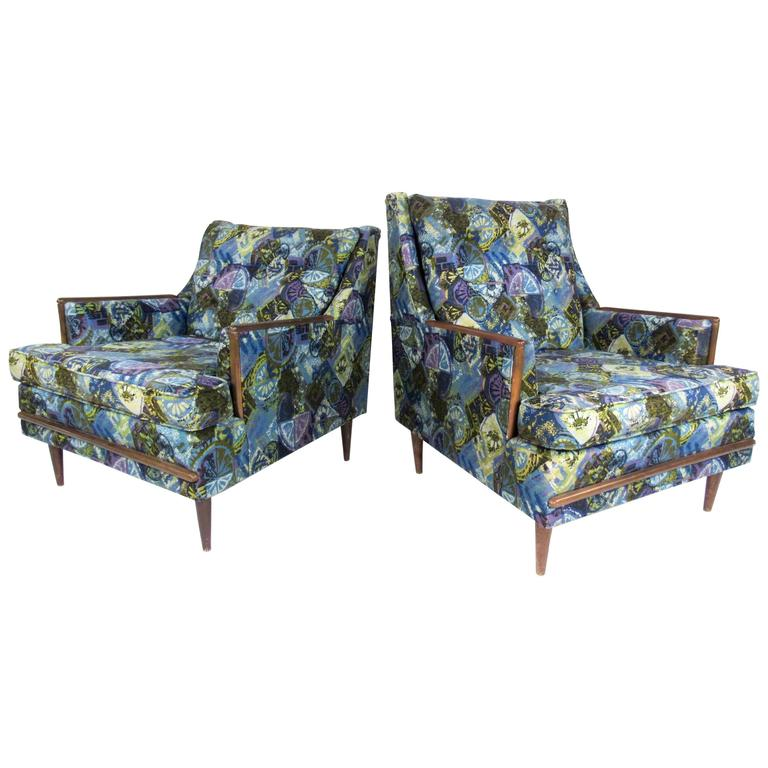 Pair of Mid-Century Modern His & Her Lounge Chairs