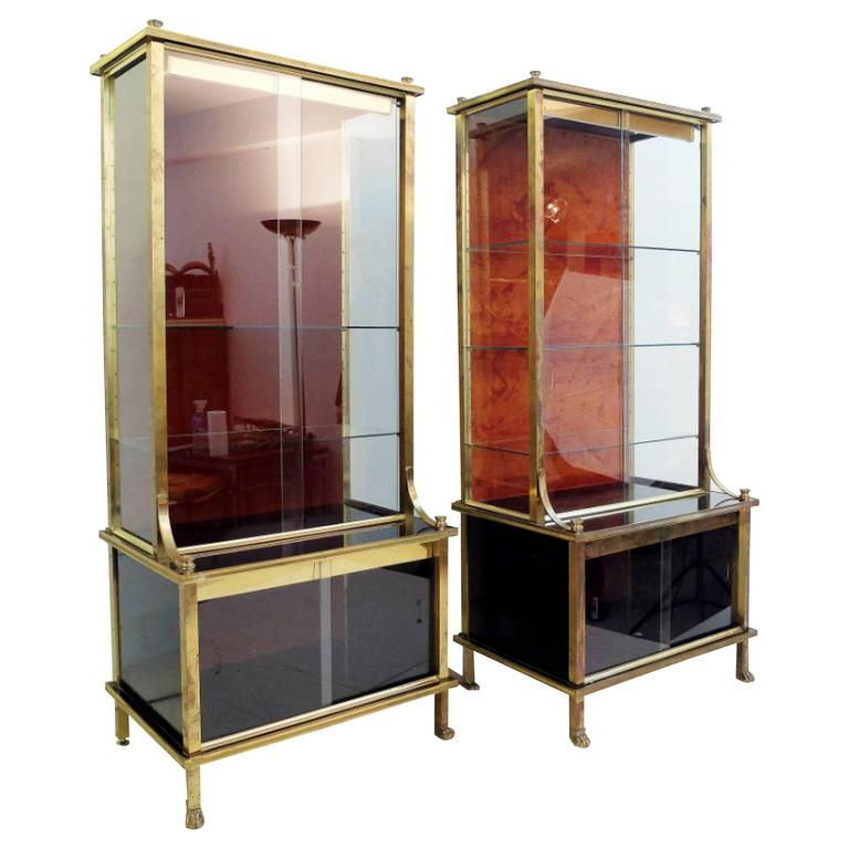 pair of 1950s showcases vitrines attributed to maison jansen for sale at 1stdibs. Black Bedroom Furniture Sets. Home Design Ideas