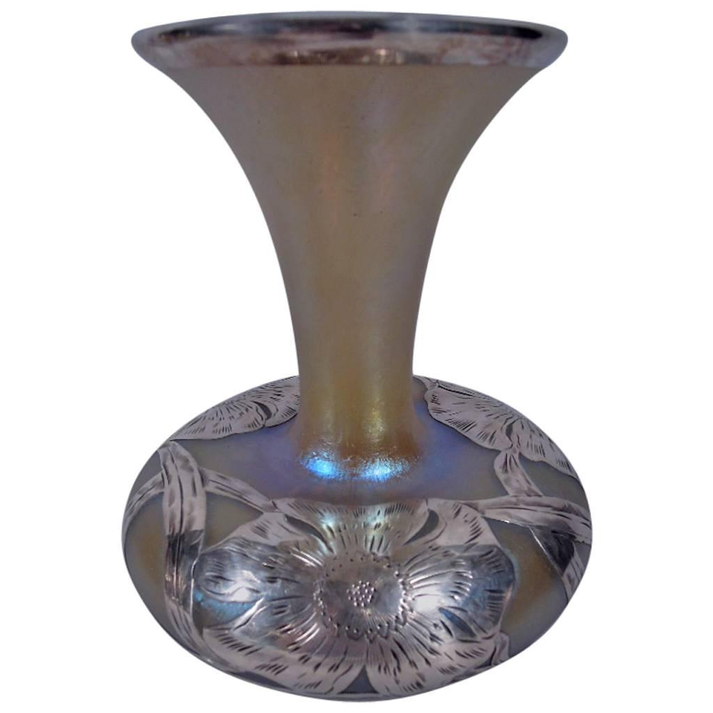 Alvin art nouveau iridescent glass vase with silver overlay for alvin art nouveau iridescent glass vase with silver overlay for sale at 1stdibs reviewsmspy