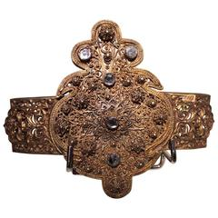 Belt Buckle in Gold-Plated Metal, Filigree, Glass Cabochons, 19th Century
