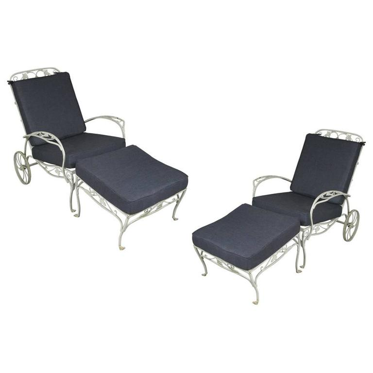pair of vintage wrought iron adjustable lounge chairs and ottomans by salterini at 1stdibs. Black Bedroom Furniture Sets. Home Design Ideas