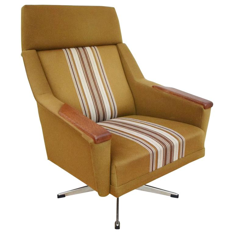 Mid-Century Retro Danish Teak Swivel Lounge Armchair
