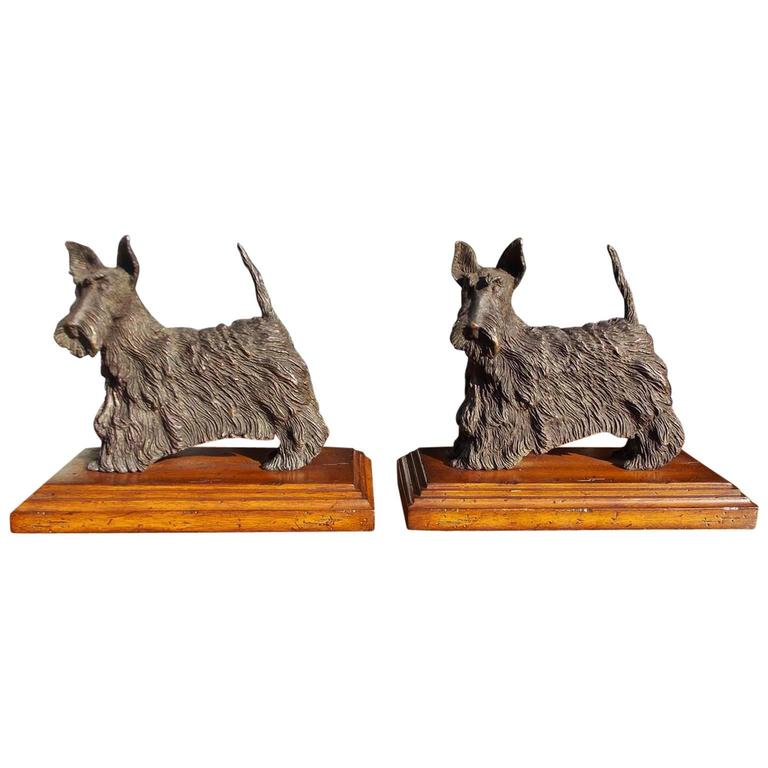 Pair of French Bronze Scottish Terrier Bookends on Walnut Bases, Circa 1850