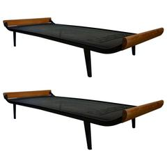 Pair of Cleopatra Daybeds for Auping by Dick Cordemeijer