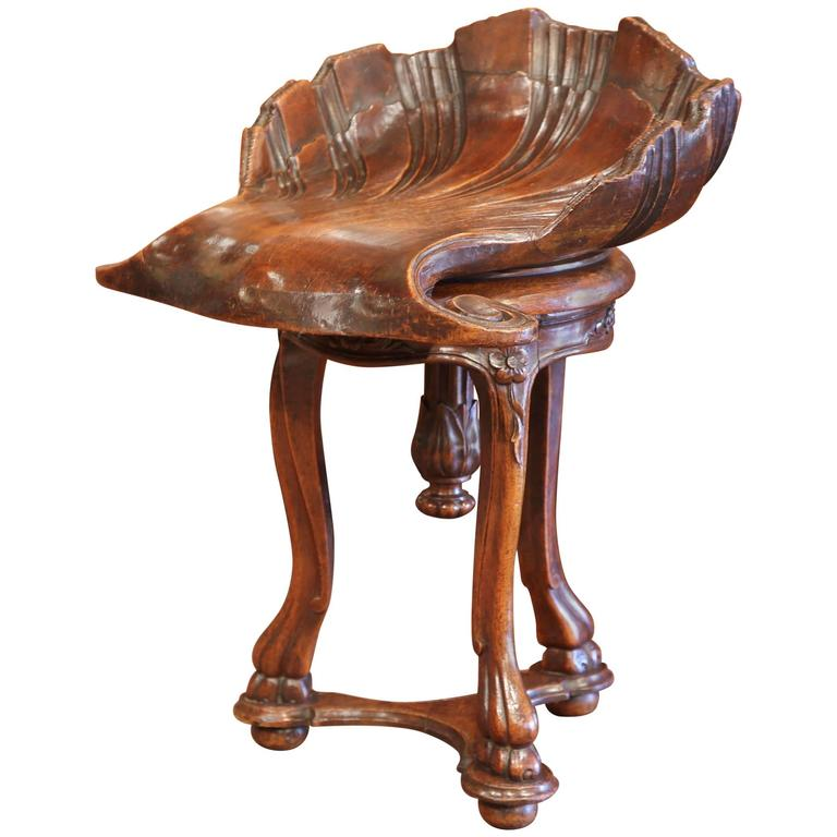 19th Century, French Hand-Carved Walnut Adjustable Piano Grotto Shell Stool