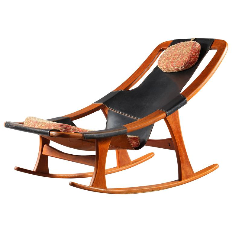 Charming Scandinavian Rocking Chair Holmenkolm by Arne Tidemand Ruud 1