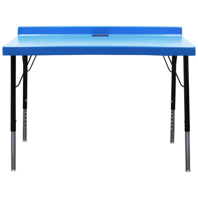 104 Desk In Fiberglass With Powder Coated Steel Legs And Grommet For