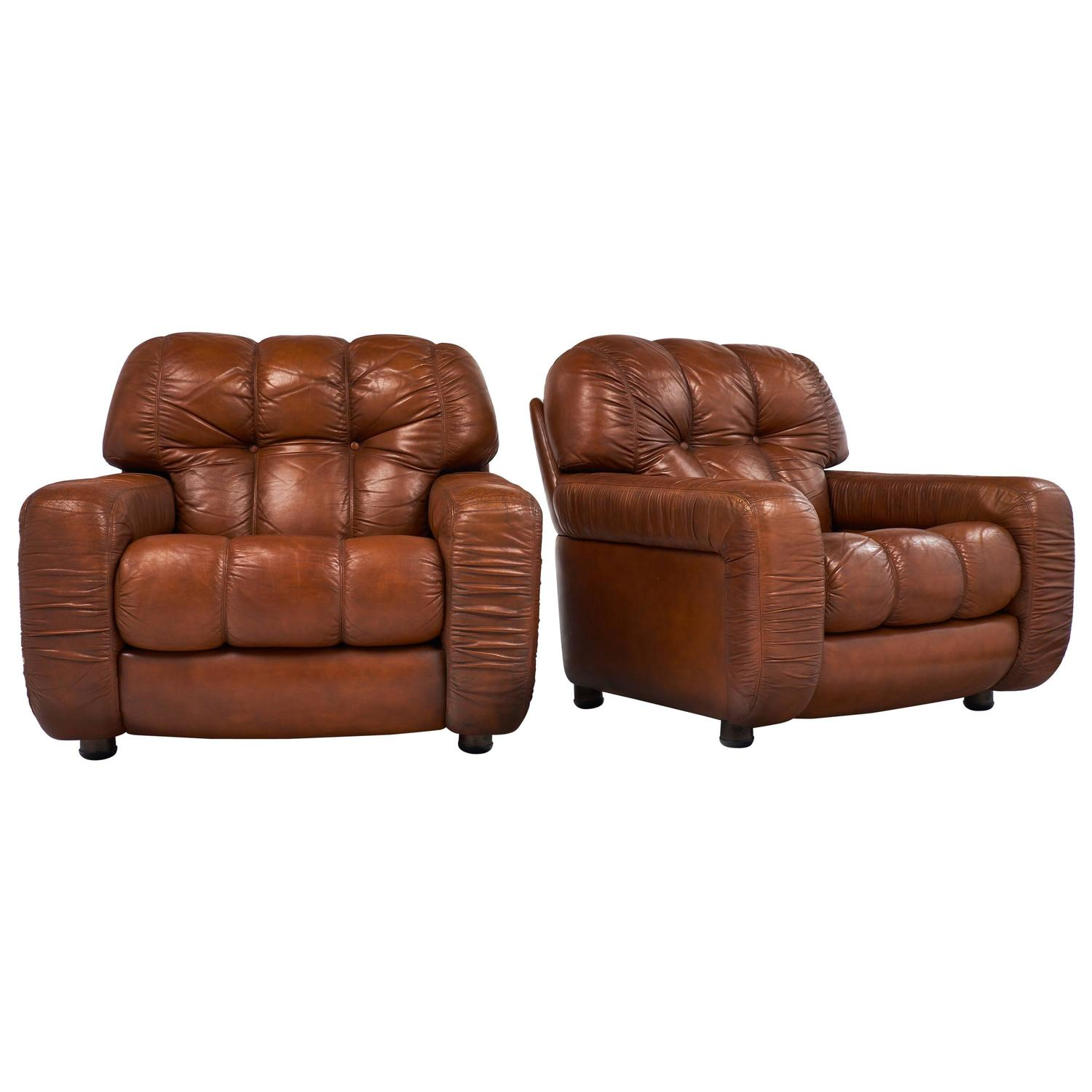 french vintage overstuffed leather club chairs for sale at 1stdibs. Black Bedroom Furniture Sets. Home Design Ideas