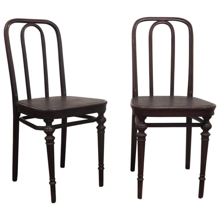 Pair Of Chairs 41 By Thonet At 1stdibs