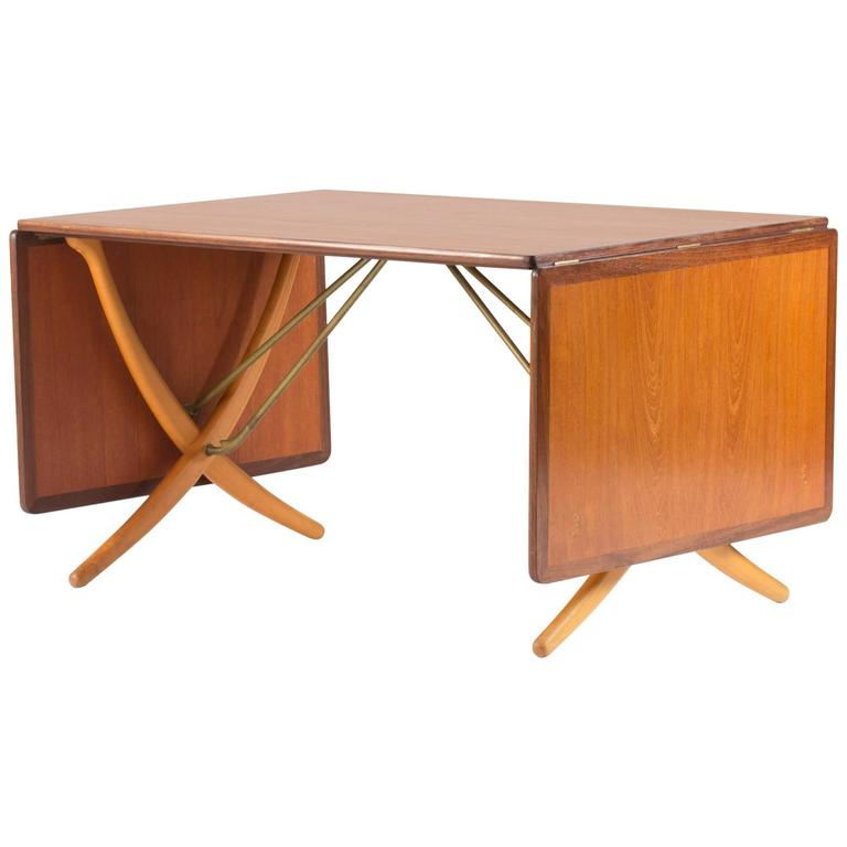 Quot Saber Leg Quot Dining Table By Hans J Wegner For Sale At 1stdibs