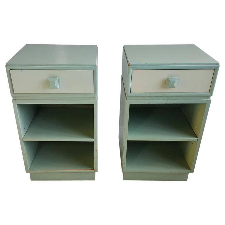 Classic Mid Century Modern Night Stands/Tables By Kittinger For Sale