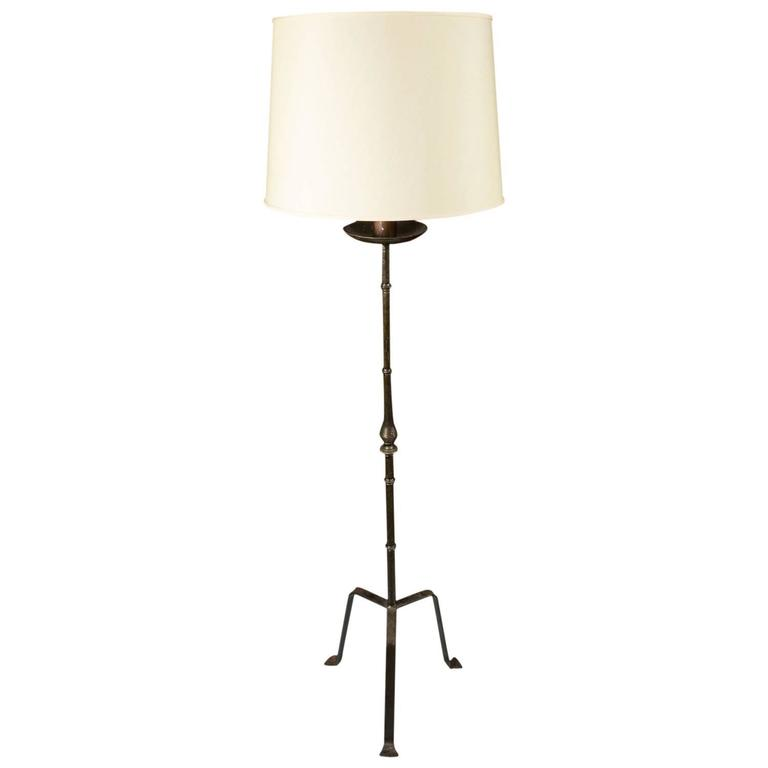 1950s spanish wrought iron floor lamp for sale at 1stdibs. Black Bedroom Furniture Sets. Home Design Ideas