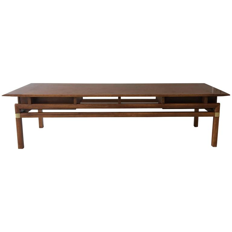 1980s Hickory Hollywood Regency Walnut Coffee Table 1