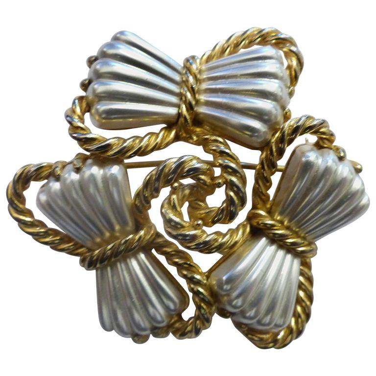 1950s Schiaparelli Gold and Silver Bow Brooch