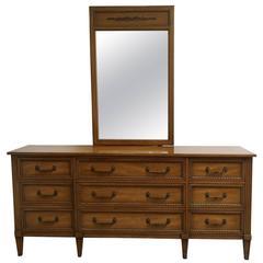 Henredon Regency Style Dresser with Mirror