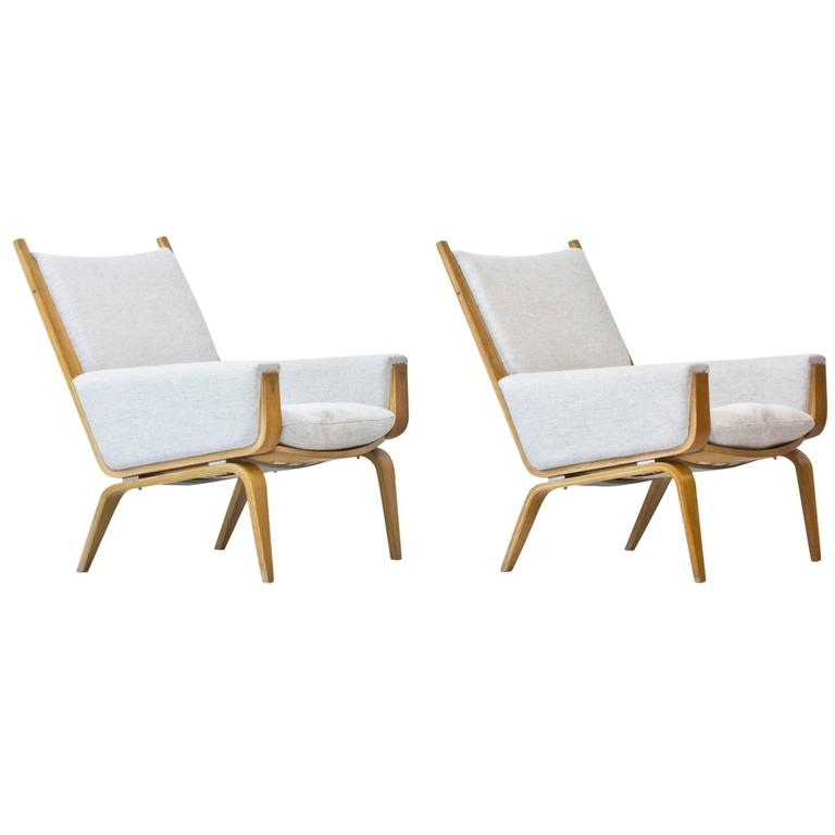 """GE-501"" Lounge chairs by Hans J. Wegner"