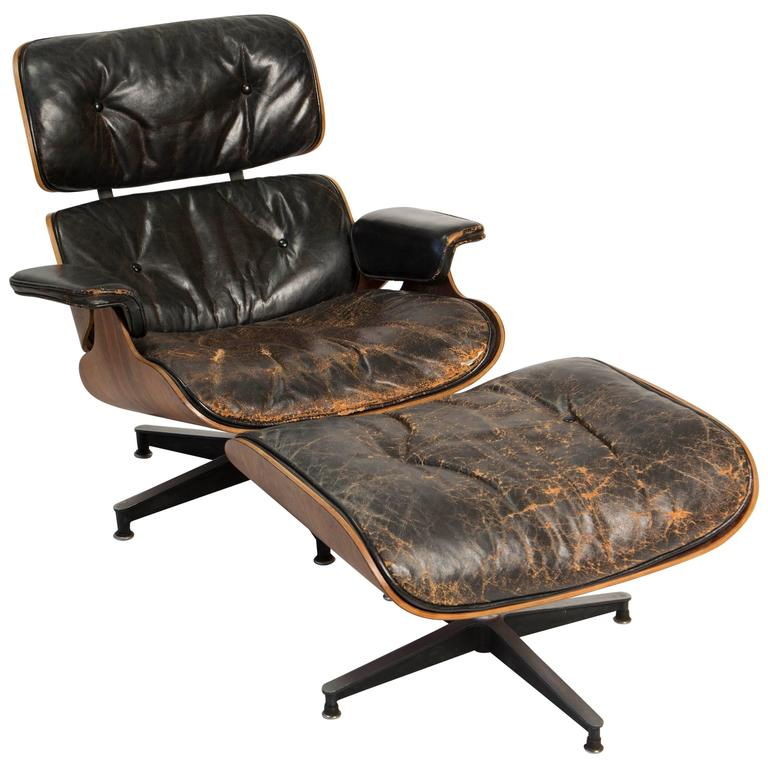Early Eames 670 671 Lounge Chair And Rotating Ottoman At