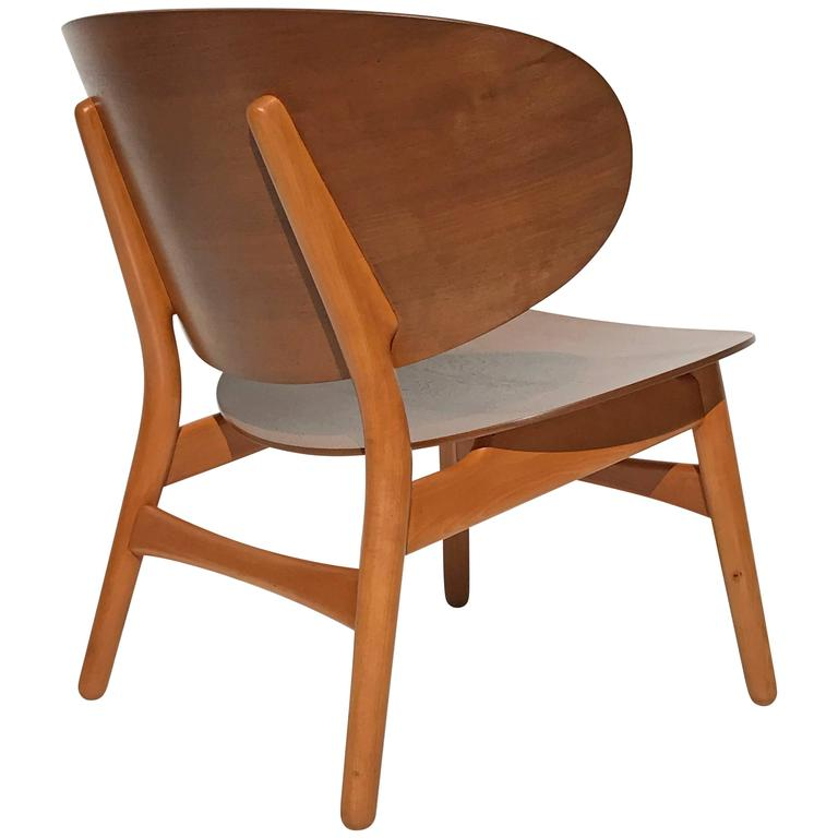 Shell Chair By Hans Wegner In Walnut And Beech For Sale