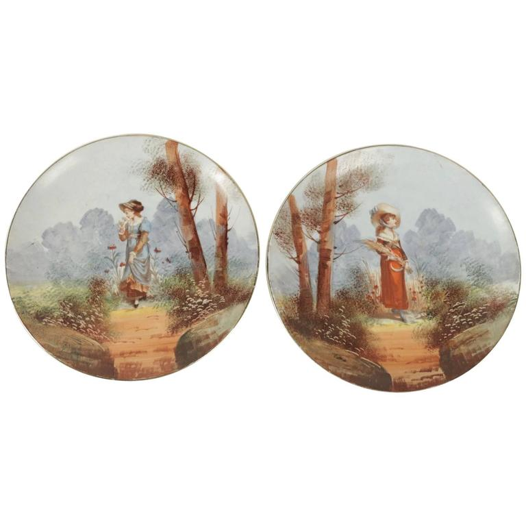 Pair of French Porcelain Hand-Painted Plates from the 19th Century For Sale
