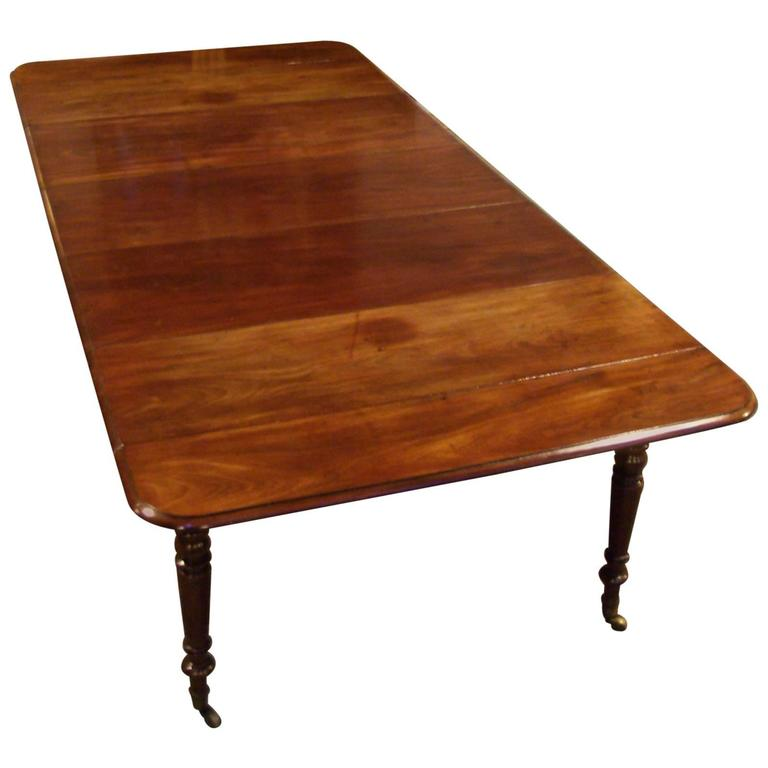 Early 19th Century Regency Cuba Mahogany Dining Table