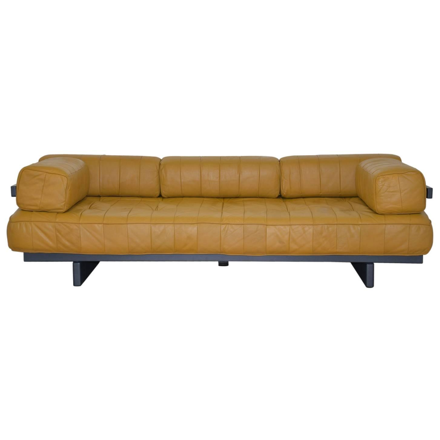 Vintage Swiss de Sede DS 80 leather Daybed 1960 s For Sale at 1stdibs