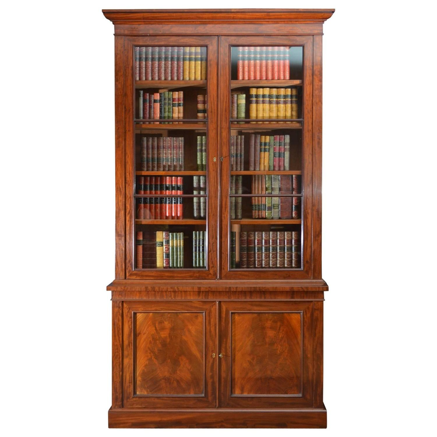 Superb Quality Early Victorian Mahogany Bookcase For Sale