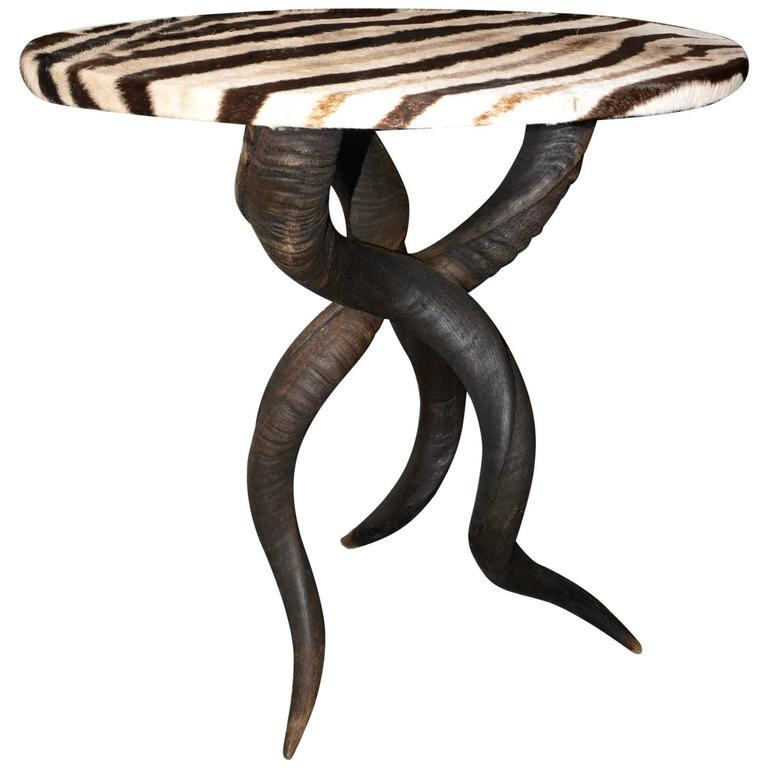 Ordinaire Zebra Side Table With Kudu Horns For Sale