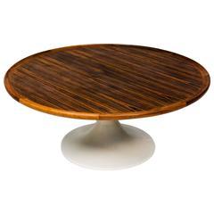 Corremandel Coffee Table in the Style of Eero Saarinen