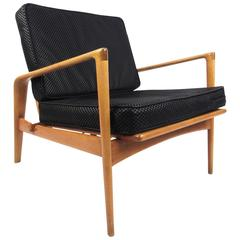 Vintage Scandinavian Modern Lounge Chair in the Style of Kofod-Larsen