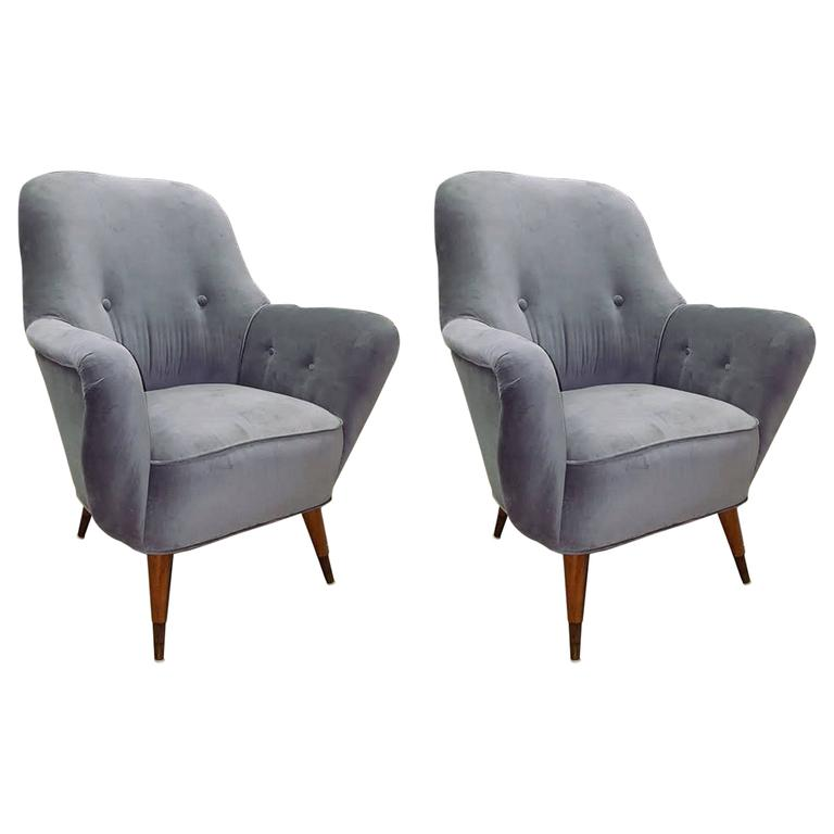 Pair of Italian Salon Armchairs in Grey Velvet, circa 1950 1
