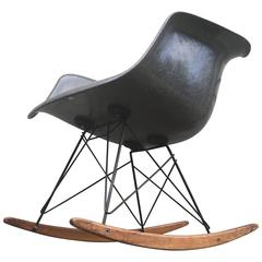 Incredible Eames Zenith RAR Rope Edge Rocker in Elephant Hide Grey