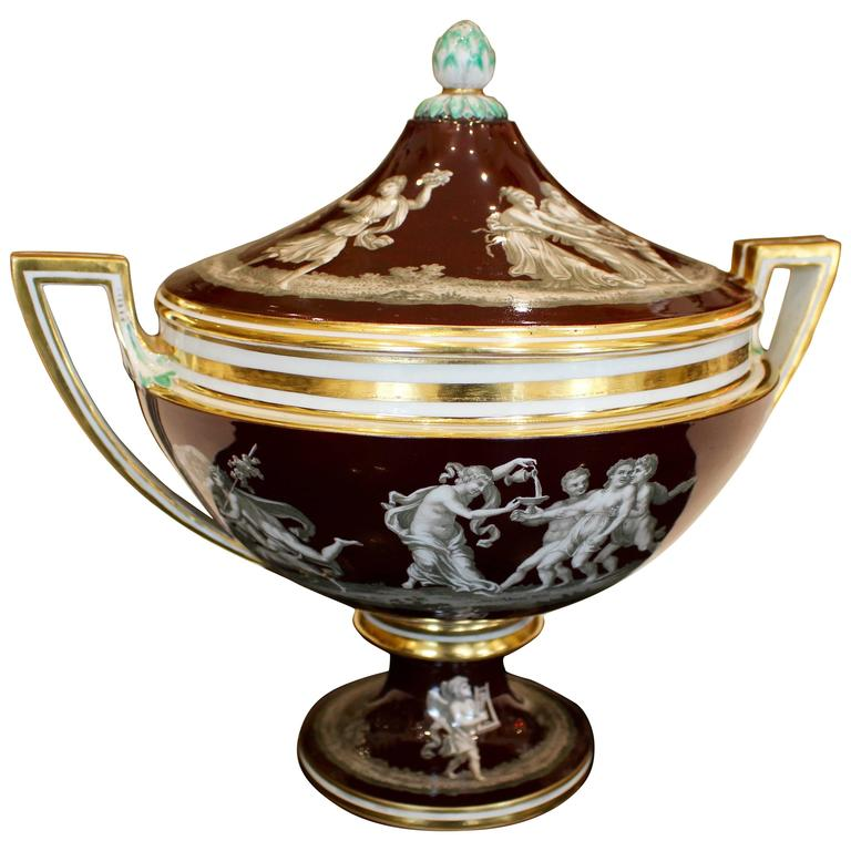 Continental Soup Tureen in Neoclassical Style