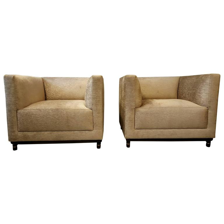 Classic Pair of Oversized Even Arm Lounge Chairs by Bernhardt Design 1