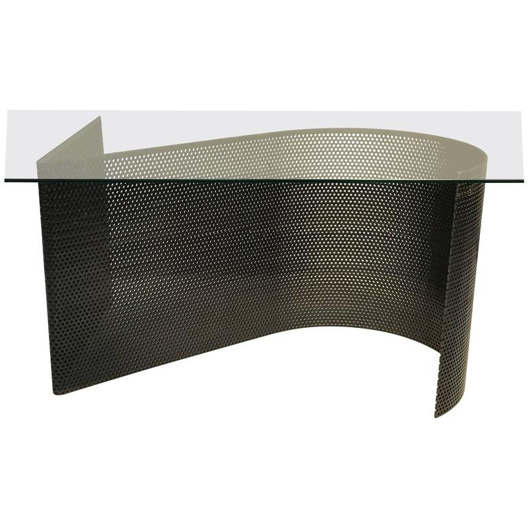Exceptional Modern Curved Base Coffee Or Cocktail Table In