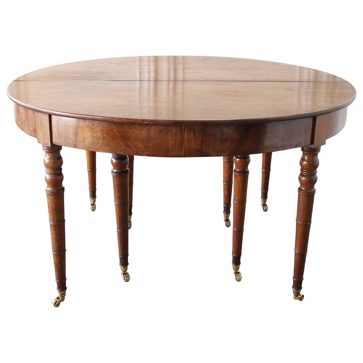 Early 19th Century Dining or Entry Table with eight Legs and